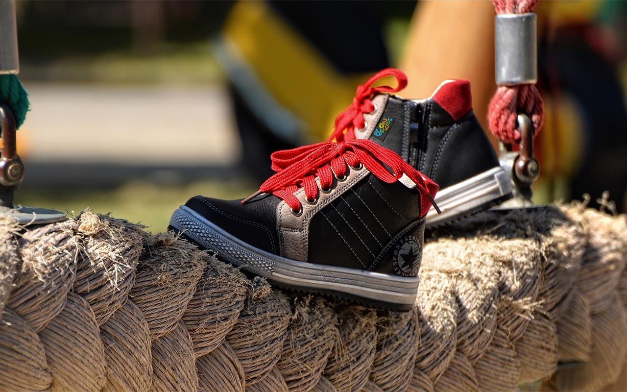 756448d0856 dětská vycházková a přezůvková-obuv-(ve-vybraných-prodejnách)